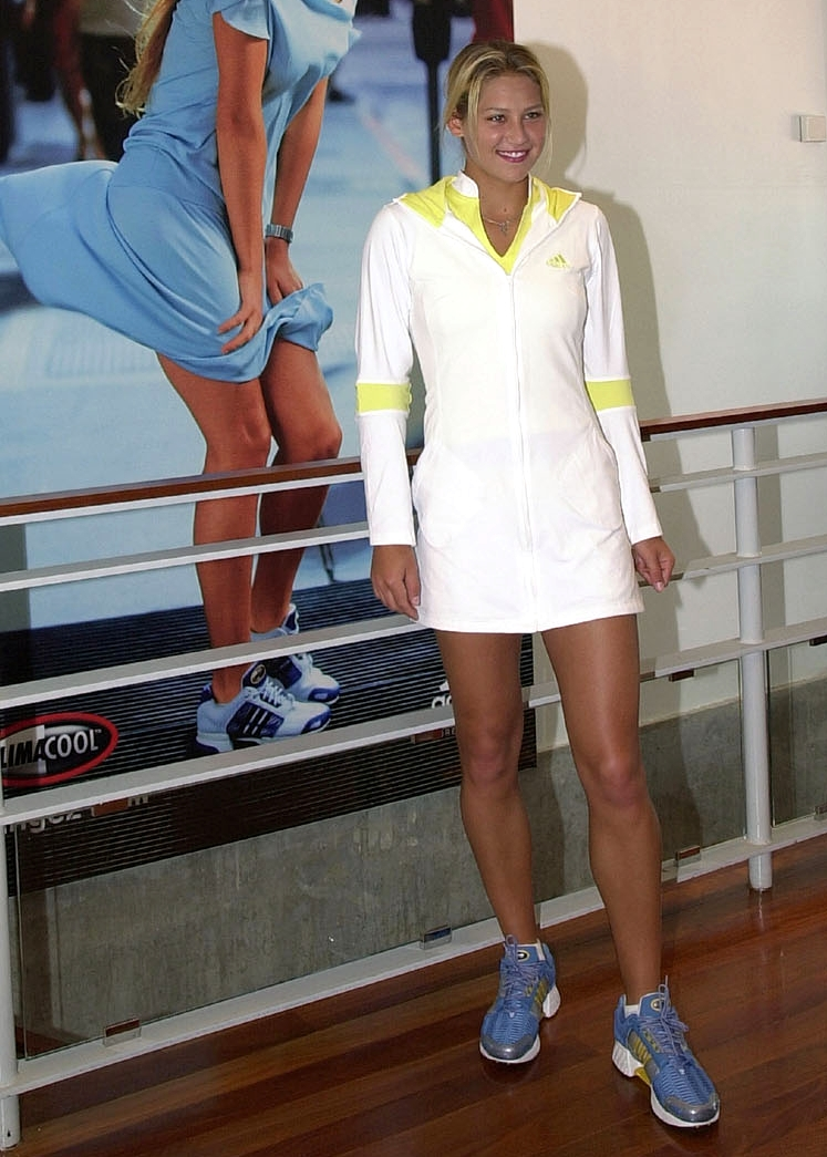 This website is Brand New and many more HQ pictures are to be added ... Anna Kurnikova